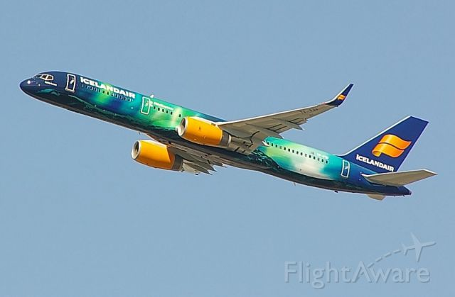 Photo of ice boeing 757 200 tf fiu flightaware for Table th td tf